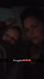 Snapchat-894070184